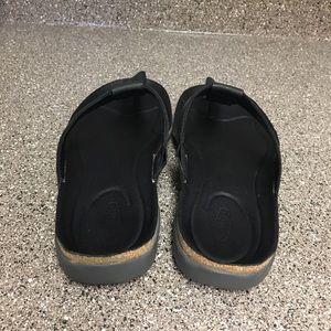 Keen Shoes - Ana Cortez flip sandals size 7